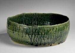 Kumakura Junkichi (1920-1985), Mino ware, Oribe type straight-sided bowl with irregular mouth