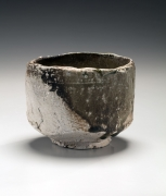 Tanimoto Kei (b. 1948), Straight-sided Iga teabowl with kiln effects