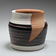 Kondo, Yutaka, Kondo Yutaka, Japanese, ceramics, Japanese ceramics, clay, pottery, modern, broad, vase, textured, roulette, patterning, unglazed, black, white, brown, glaze, stoneware, 1973