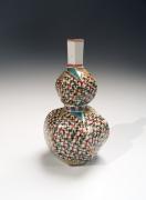Tomimoto Kenkichi (1886-1963), Sake flask with 4-petal floral pattern
