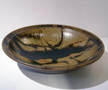 Shimaoka Tatsuzo, Rope-impressed patterned platter with dark iron-oxide ladle-poured glazing, ca. 1995-2000, Glazed stoneware, Japanese contemporary ceramics