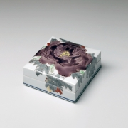 Takegoshi, Jun, Takegoshi Jun, square, box, purple, peony, porcelain, polychrome, kutani, enamel, glazed, cover, contemporary, paintings, ceramics, porcelain, Japan, japanese, art, pottery, clay, japanese contemporary art, japanese ceramics, gallery, mirviss