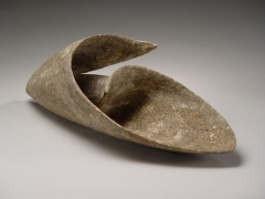 Itō Tadashi (b. 1952), Spiral shell-shaped stoneware vessel with raked pattern