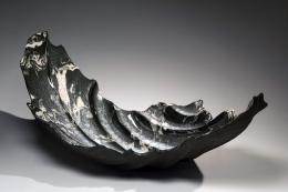Wakao Kei (b. 1967), Wave-inspired marbleized platter with blue-green craquelure celadon glaze
