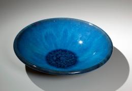Kumakura, Junkichi, Kumakura Junkichi, sodeisha, avant-garde, ceramics, Japanese, Japanese ceramics, modern, clay, pottery, blue, glazed, low, bowl, flared, beveled, rim, pooling, unctuous, glaze, 1970