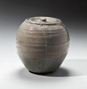 Ishiguro Munemaro, kairagi-glazed, crawling glaze, water jar, 1945-1955, glazed stoneware, Japanese water jar, Japanese mizusashi, mizusashi, Japanese ceramics, Japanese pottery, Japanese contemporary ceramics