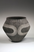 Narrow footed slope shouldered gray vessel with meader pattern in silver glaze, 2017
