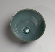 Kawase Shinobu (b. 1950), Suiji(Kingfisher celadon) teabowl