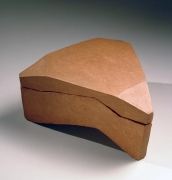 Mori Togaku, bizen sculptural triangular box, ca. 1970, unglazed stoneware, Japanese ceramics Japanese pottery, Japanese contemporary ceramics, Japanese sculpture, Japanese box, Japanese bizen, Japanese modern ceramics