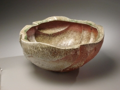 Fujioka Shuhei (b. 1947), Large vessel with carved sides