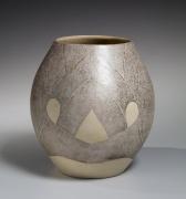 White-glazed ovaltsubo(vessel), ca. 1979