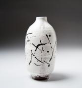 Yamada Hikaru (1923-2001), White-slip and iron-glazed painted vase