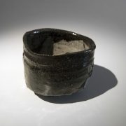 Koie Ryōji (b. 1938), Black iron-oxide glazed teabowl