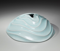 Ono Kotaro, Silent Swell, 2015, Glazed porcelain, Japanese contemporary ceramics