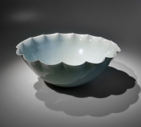 Kawase Shinobu (b. 1950), Large celadon bowl with foliated rim