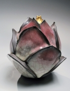 WAKAO KEI (b. 1967), Gray-blue craquelure celadon-glazed lotus-shaped form tipped with gold