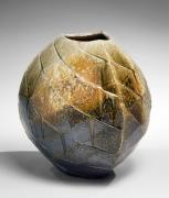 Nishihata Tadashi, Rounded triangular vessel, 2012, Japanese modern, contemporary, ceramics, sculpture