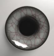 Uraguchi Masayuki (b. 1964), Crane-necked silver-banded craquelure vase with maroon-colored veins