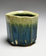 SUZUKI TETSU (b. 1964), Faceted straight-sided teabowl with green glaze