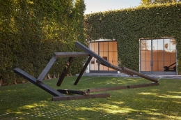 Untitled Noboru Takayama railroad tie installation in the courtyard of Kayne Griffin Corcoran, Los Angeles
