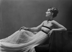 Fashion by Vionnet, Lisa Fonssagrives-Penn, Paris, 1938, 16 x 20 Platinum Palladium on 20 x 24 Paper, Ed. 27