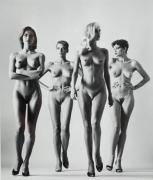 Helmut Newton Sie Kommen, Naked, Paris, 1981