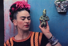 Frida Kahlo with Idol, 1939, 10-3/4 x 15-3/4 Carbon Pigment Print, Ed. 30