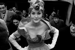 Monique Dutto at Metro Exit, for Le Jardin des Modes, Paris, France, 1959