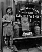 Snuff Shop, 113 Division St., New York, 1938
