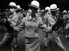 Antonia Mirrors, Paris,1962