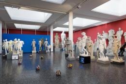 Kopienkritik. Installation view, 2011. Skulpturhalle Basel.