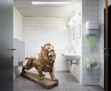 Housebroken. Installation view, 2019. Kunsthal Gent. Photo: Michiel De Cleene.
