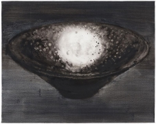 SHI ZHIYING 石至莹 Black-Glazed Tray with Oil-Drop Pattern 黑釉油滴盏, 2013 Oil on canvas 16 3/16 x 20 1/8 in. (42 x 52 cm)