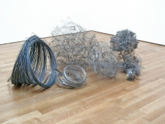 , ALAN SARET Paracongregata, 1981 Nickel and galvanized wire 33 x 72 x 50 inches