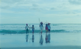 Image of group of children on the beach