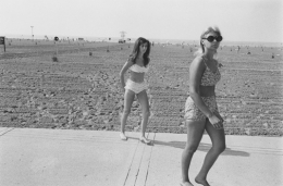 Young girls at Metropolitan Beach, Detroit, 1968
