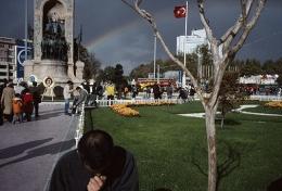 Taksim, Istanbul, 2005, chromogenic print, 20 x 30 inches