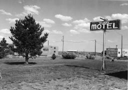 Goddard's Motel, Hampton, Oregon, 1984