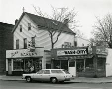 Gar's Bakery and Leisure Laundry, Newark, NJ