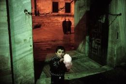Sultanahmet, Istanbul, 2001, chromogenic print, 30 x 40 inches