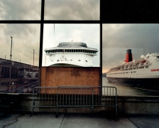 Len Jenshel, New York City Passenger Ship Terminal, (Manhattan), 2003
