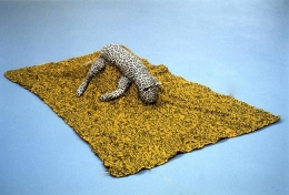 Mike Kelley, Arena # 8(Leopard), 1990stuffed animals and blanket2 x 65 x 43 inches (30.5 x 165.1 x 109.2 cm)