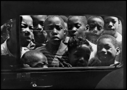 Gordon Parks.Boys looking in a car window, Harlem, New york, August 1943,1943. Gelatin silver print, 20 x 24 inches. Edition 1/10.