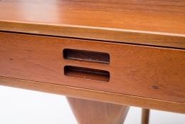Nanna Ditzel & Jorgen Ditzel Teak Desk with Four Drawers, Close Up of Drawer Handle