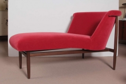 Scandinavian Mid Century Chaise Lounge in the Style of Nanna Ditzel