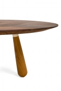 Walnut and Oak Round Coffee Table by Oluf Lund, Cropped View of Right Leg