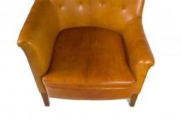 Steen Eiler Rasmussen Asymmetrical Leather Armchair for AJ Iverson, Close Up 3