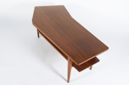 Walnut Coffee Table in the style of Bertha Schaefer for Singer & Sons, View of Top