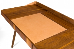 "Walnut and Leather ""Missboss Desk"" by Oluf Lund for Lop, Close Up View of Top"