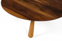 Walnut and Oak Round Coffee Table by Oluf Lund, Top View of Leg